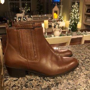 J crew brownstone Chelsea boots. 8.5